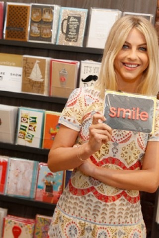 Julianne Hough - Smile