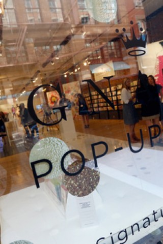 Signature Pop-Up shop